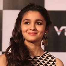 Alia Bhatt on ArtisteBooking