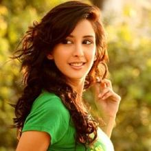 Chahat Khanna on ArtisteBooking