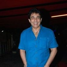 Deepak Tijori on ArtisteBooking