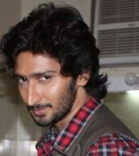 Kunal Karan Kapoor on ArtisteBooking