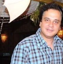 Mahesh Thakur  on ArtisteBooking