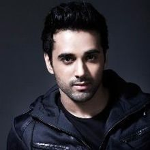 Pulkit Samrat on ArtisteBooking