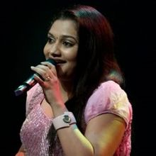 Rimi Tomy on ArtisteBooking