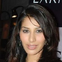 Sophie Choudry on ArtisteBooking