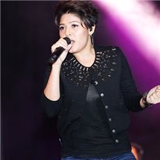 Sunidhi Chauhan on ArtisteBooking