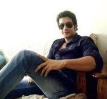 Vineet Kumar  on ArtisteBooking