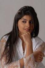 Yukti Kapoor  on ArtisteBooking