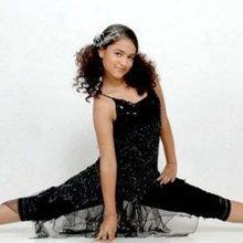 Farhina Parvez Jarimari on ArtisteBooking