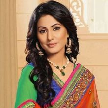Hina Khan on ArtisteBooking