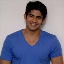 Hussain Kuwajerwala on ArtisteBooking
