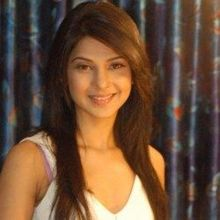 Jennifer Winget on ArtisteBooking