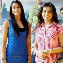 Preeti and Pinky on ArtisteBooking