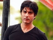 Vikas Bhalla on ArtisteBooking