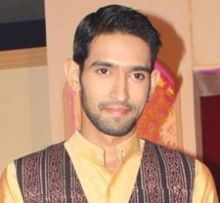 Vikrant Massey on ArtisteBooking