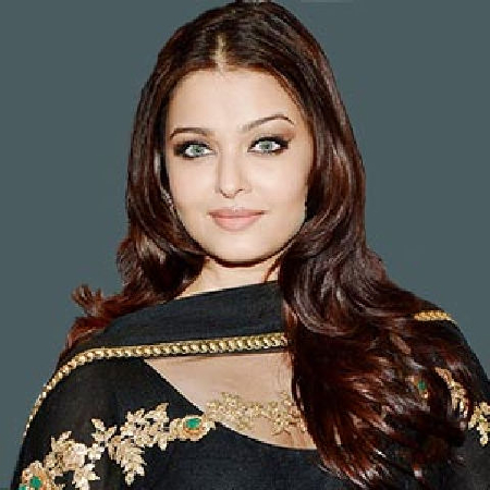 Aishwarya Rai Bachchan on ArtisteBooking
