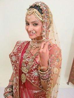 Aleeza Khan  on ArtisteBooking
