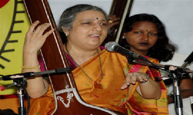 Ashwini Mohan Bhide on ArtisteBooking