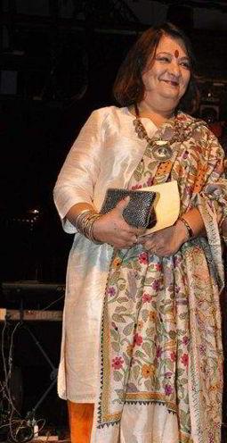 Bharti Achrekar  on ArtisteBooking