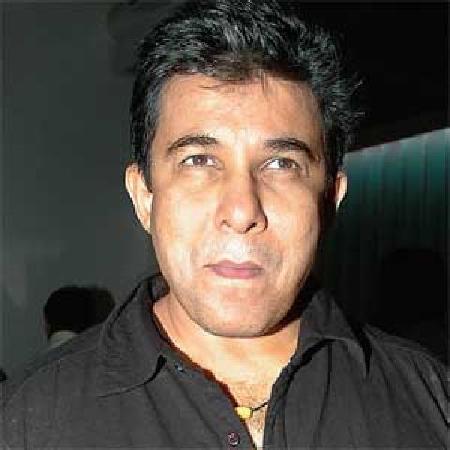 Deepak Tijori on ArtisteBooking