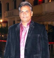 Akhilendra Mishra on Artistebooking