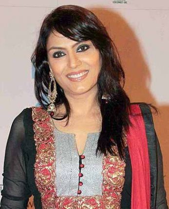 Anjali Mukhi on Artistebooking
