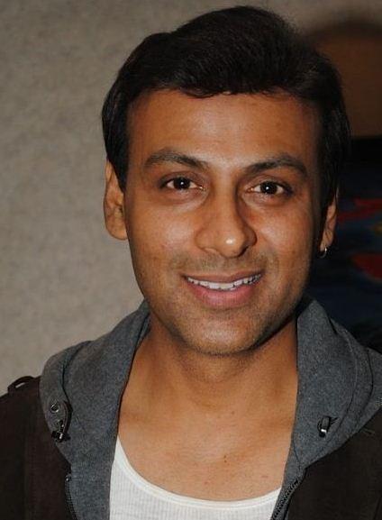 Anupam Bhattacharya on Artistebooking
