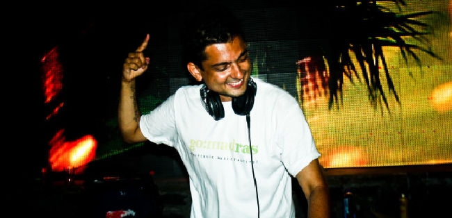 DJ TUHIN MEHTA on ArtisteBooking