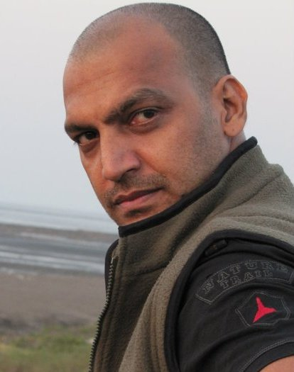 Manish Wadhwa on Artistebooking
