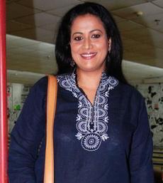 Mona Ambegaonkar on Artistebooking