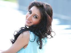 Priyanka Kandwal on ArtisteBooking