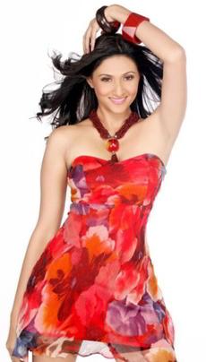 Rishina Kandhari on Artistebooking