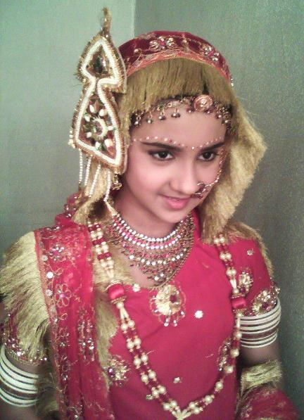 Roshni Walia on Artistebooking