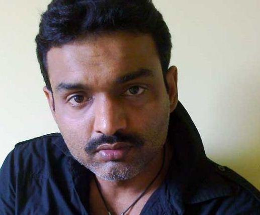 Sushil Bounthiyal on Artistebooking
