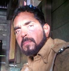 Vishwajeet Pradhan on Artistebooking